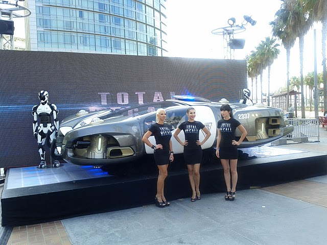 the total recall car and robots